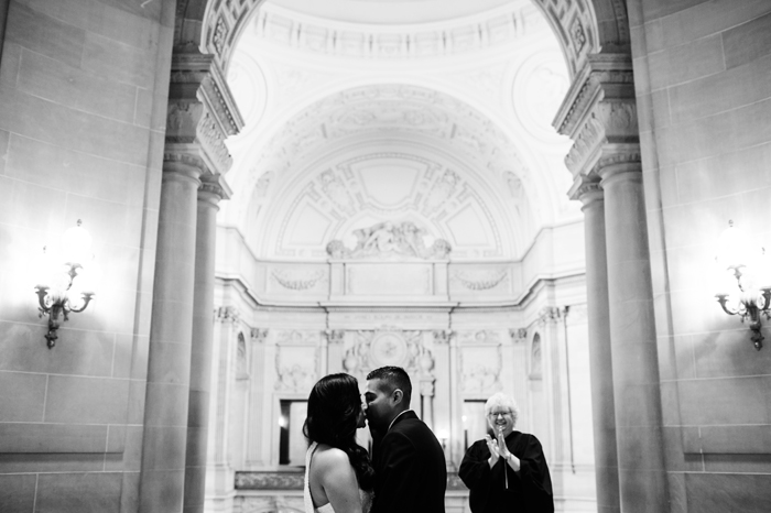 san-francisco-city-hall-wedding-045