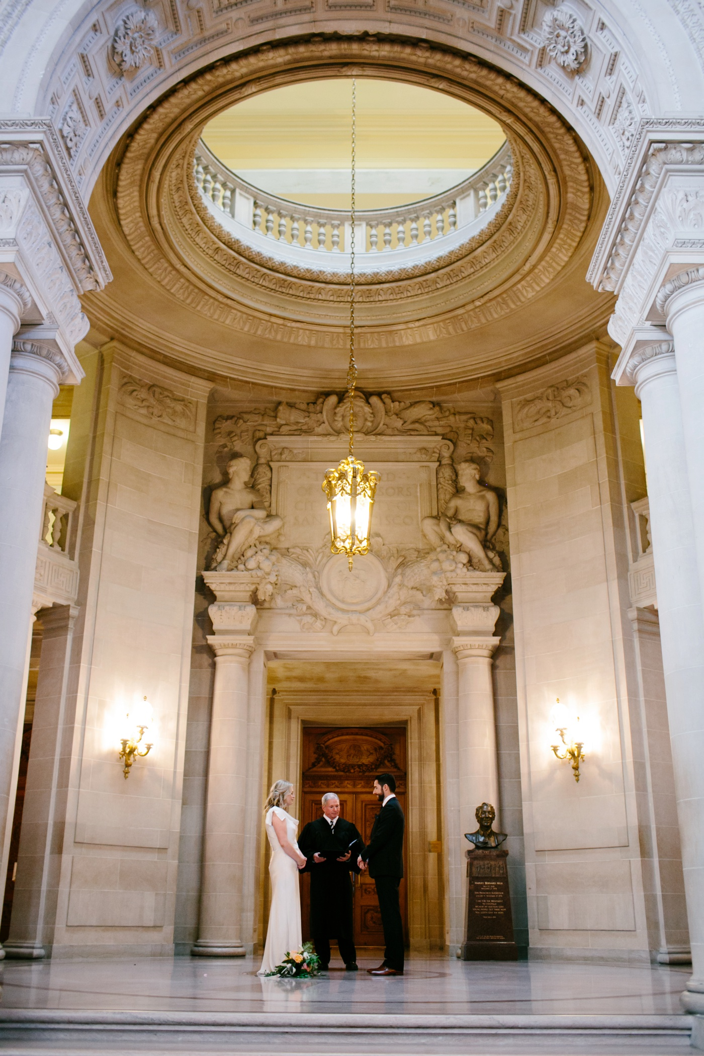 san francisco city hall wedding 048